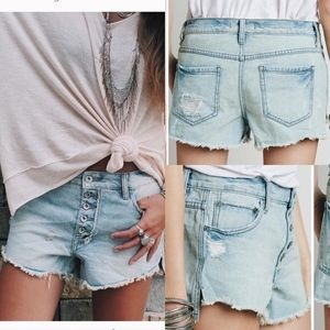 Free People Shorts - Free People runaway cut off shorts uptown light